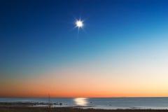 lever de la lune de Michigan de lac photographie stock