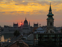 Lever de soleil à Budapest image stock