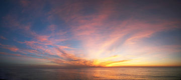 Lever de soleil à l'océan Photographie stock
