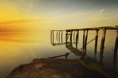 Lever de soleil à la jetée cassée Penang Images stock