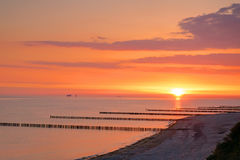Lever de soleil à la mer baltique Images libres de droits