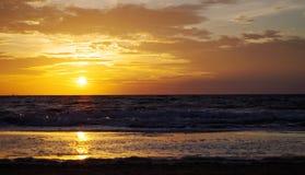 Lever de soleil à la mer baltique dans le heringsdorf de l'Allemagne Photographie stock