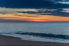 Lever de soleil à la plage Photographie stock