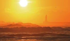 Lever de soleil à la plage de Tynemouth photos stock