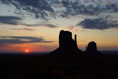 Lever de soleil à la vallée de monument Images stock