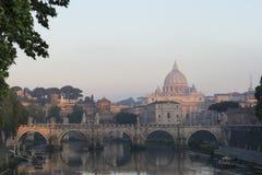 Lever de soleil à Ville du Vatican Images libres de droits