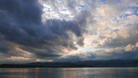 Lever de soleil égéen obscurci en automne 03 clips vidéos