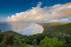 Lever de soleil au compartiment de Byron photographie stock libre de droits