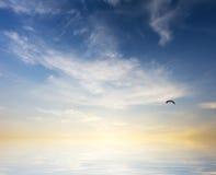 Lever de soleil au-dessus d'océan Images libres de droits