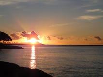 Lever de soleil au-dessus de Diamondhead Photographie stock libre de droits