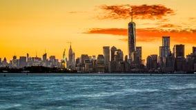 Lever de soleil au-dessus de l'île de Manhattan Photo stock