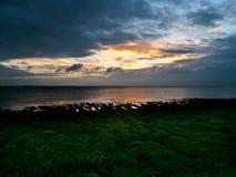 Lever de soleil au-dessus de l'estuaire de Humber, Angleterre est Photo stock