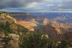 Lever de soleil au-dessus de la gorge grande, Etats-Unis Photographie stock