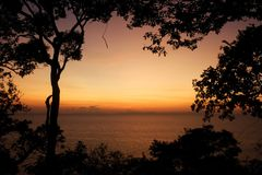 Lever de soleil au-dessus de la mer Photo libre de droits