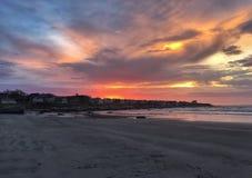 Lever de soleil au-dessus de la plage Images libres de droits