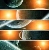 Lever de soleil au-dessus de la terre de planète dans l'espace illustration stock