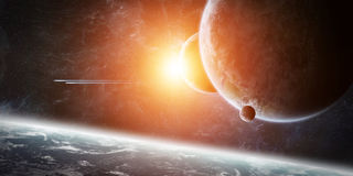 Lever de soleil au-dessus de la terre de planète dans l'espace Image libre de droits