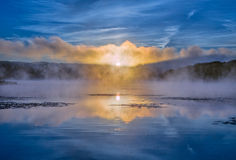Lever de soleil au-dessus de lac Arthur Images stock