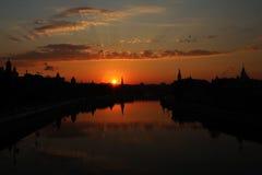 Lever de soleil au-dessus de Moscou Photos stock