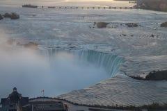 Lever de soleil au-dessus de Niagara Image stock