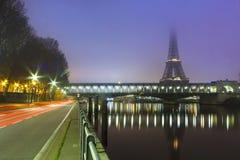 Lever de soleil au-dessus de Paris Photo libre de droits