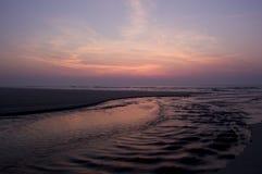 Lever de soleil au-dessus de plage d'île de Cumberland Images stock