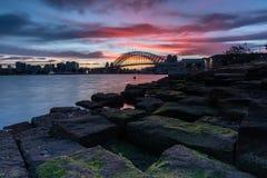 Lever de soleil au-dessus de Sydney Harbor Photographie stock libre de droits