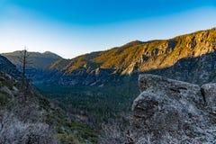 Lever de soleil au-dessus des Rois Canyon Images stock