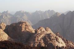 Lever de soleil au-dessus des supports de Sinai Photographie stock