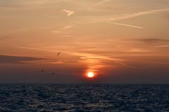 Lever de soleil au-dessus du lac Michigan Photographie stock libre de droits