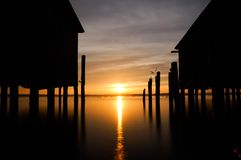 Lever de soleil au-dessus du lac photo libre de droits