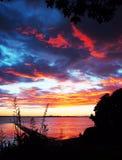 Lever de soleil au-dessus du port NZ de Tauranga Image libre de droits