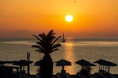 Lever de soleil au-dessus de la mer Méditerranée Photos stock