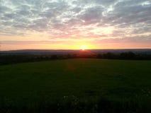 Lever de soleil au-dessus de la vallée d'evenlode Photo libre de droits