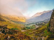 Lever de soleil au-dessus de vallée de Glencoe photo libre de droits