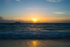 Lever de soleil au Playa del Carmen Image stock
