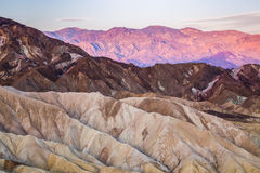Lever de soleil au point de Zabriskie en parc national de Death Valley, la Californie, Etats-Unis Image stock