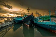 Lever de soleil au port de Paotere Photographie stock