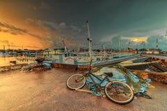 Lever de soleil au port de Paotere Photos stock