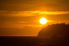 Lever de soleil aux îles de Lipe Photos stock