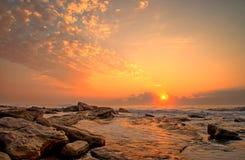 Lever de soleil bouclé de ciel Photo libre de droits