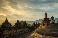 Lever de soleil chez Borobudur Image libre de droits