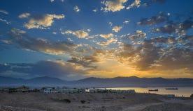 Lever de soleil chez le golfe d'Aqaba, la Mer Rouge Image libre de droits