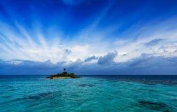 Lever de soleil d'île Image stock