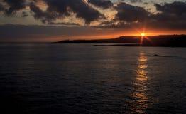 Lever de soleil d'île Images libres de droits