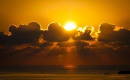 Lever de soleil d'or Image stock