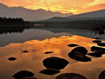 Lever de soleil d'Edith de lac photographie stock libre de droits