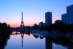 Lever de soleil d'Eiffel, Paris Photographie stock