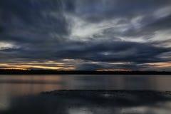Lever de soleil dans DOS Reis d'Angra photo stock