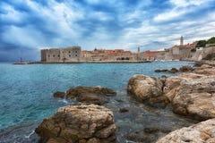Lever de soleil dans Dubrovnik Photo stock